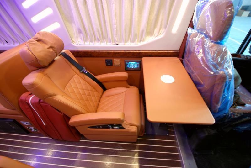 新星罗马假日系列B600-福祉车